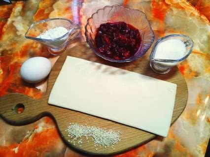 ингредиенты для слойки с малиной
