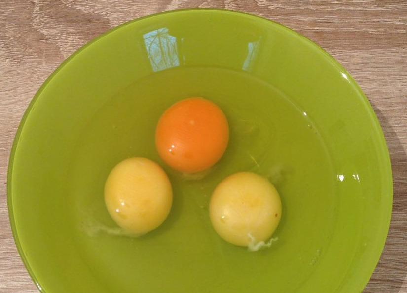 Деревенские яйца