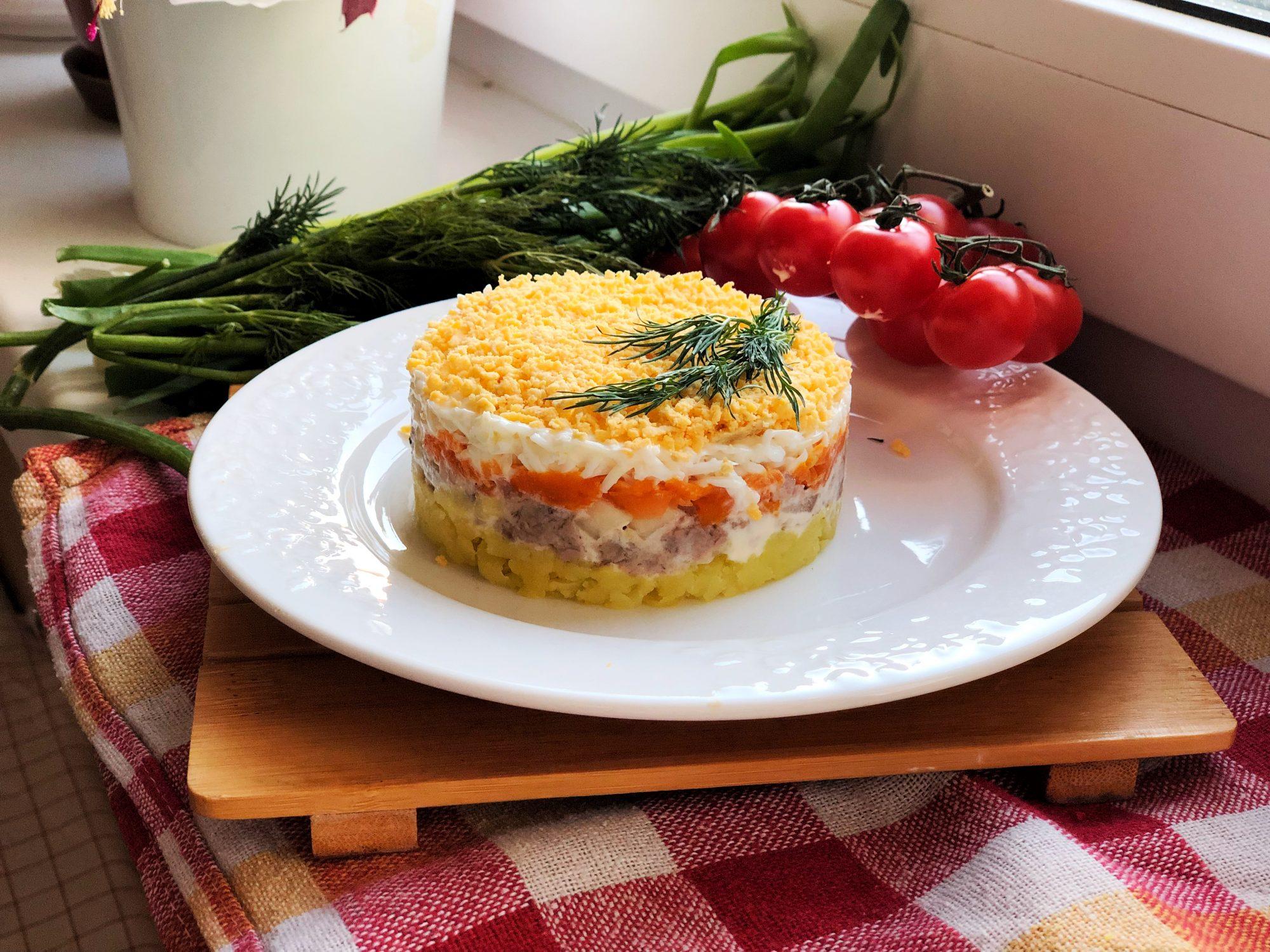 мимоза с тунцом - салат готов